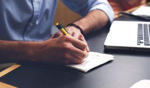write 593333 640 300x177 - Cómo planear un viaje en 5 pasos
