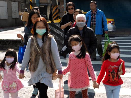 virus china Después de 11 semanas termina la cuarentena en Wuhan, China