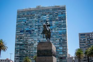Coronavirus. La Unión Europea abre sus fronteras a Uruguay
