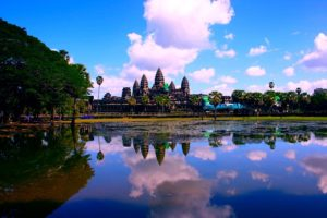 Camboya cobra a los turistas un «depósito de coronavirus»